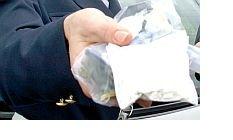 In manette due nomadi a Martinsicuro trovate in possesso di 250 grammi di eroina